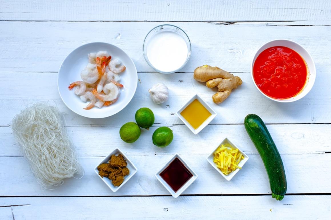 Tajska zupa GREEN CURRY z krewetkami – przepis